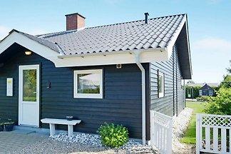 Ruhiges und gemütliches Cottage in Tarm mit...