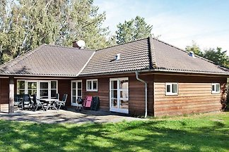 Modernes Ferienhaus in Store Fuglede mit...
