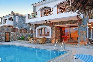 Ferienhaus Villa Nicoleta & Rafaella, Prina b...