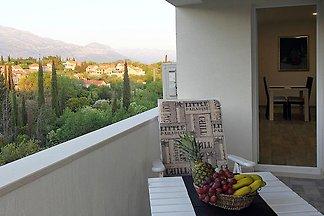 Moderne Ferienwohnung mit Terrasse in Mocici