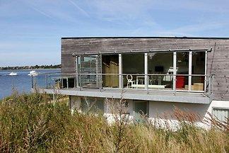 Modernes Ferienhaus in Stege mit Whirlpool