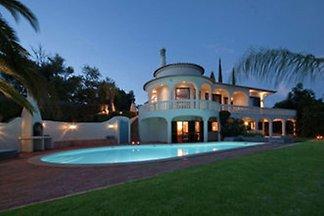 Wunderschöne Villa mit Swimmingpool in Silves