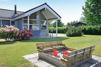 Modernes Ferienhaus in Hals mit Sauna