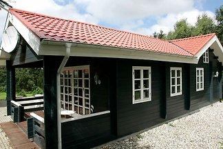 Geräumiges Ferienhaus mit Sauna in Logstor