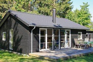 Boutique-Ferienhaus in Falster mit Terrasse