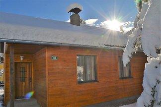 Sonnige Hütte in Turracher Höhe mit Whirlpool