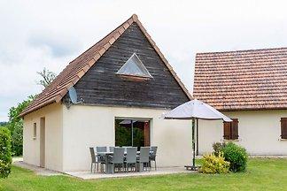 Ferienhaus mit Blick auf die Berge in Lacapel...