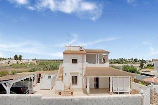 Villa Cavarra un paradiso a due passi dal...