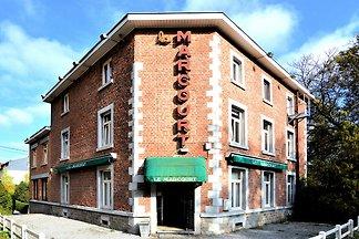 Bezauberndes Ferienhaus in Marcourt mit eigen...