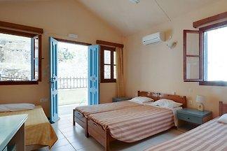 Hübsches Ferienhaus auf Symi mit Balkon