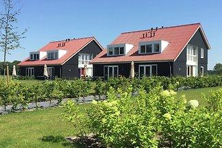 Luxuriöse Villa mit 4 Bädern, in einem...