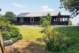 Stilvolles Ferienhaus in Roslev mit Terrasse