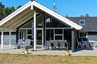 Rustikales Ferienhaus mit Sauna in Lolland