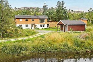 8 Personen Ferienhaus in Sandstad