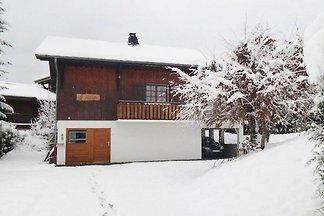 Ferienhaus mit Bergblick in Morillon in der N...