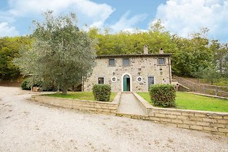 Rustic house with private garden and shared s...