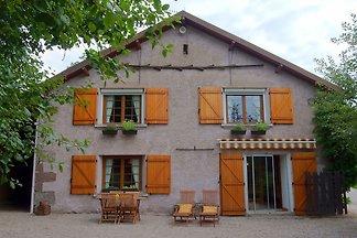 Schönes Ferienhaus in der Nähe von Chapelle-A...