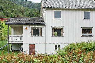 8 person holiday home in VÅGLAND