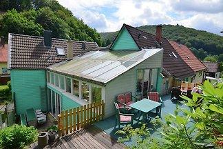 Ruhiges Ferienhaus mit Sauna und Swimmingpool...