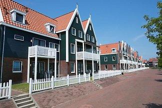 Neugestaltetes Ferienhaus im Volendam-Stil am...