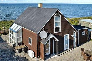 Komfortables Ferienhaus in Fünen am Strand