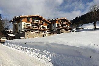 Penthouse-Ferienwohnung mit Bergsicht, Hotels...