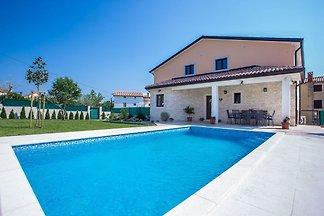 Villa mit privatem Pool, Terrassen und Garten...