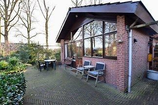 Freistehendes Ferienhaus in Guelders mit...