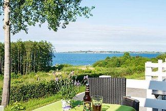 Elegant Holiday Home in Aabenraa with Swimmin...