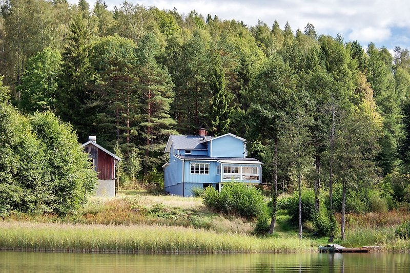 Das Haus am See, Blick vom See Bullaren