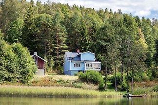 Haus am See in Schweden