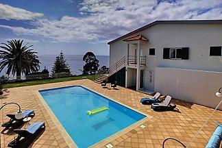 Villa Prainha by MHM