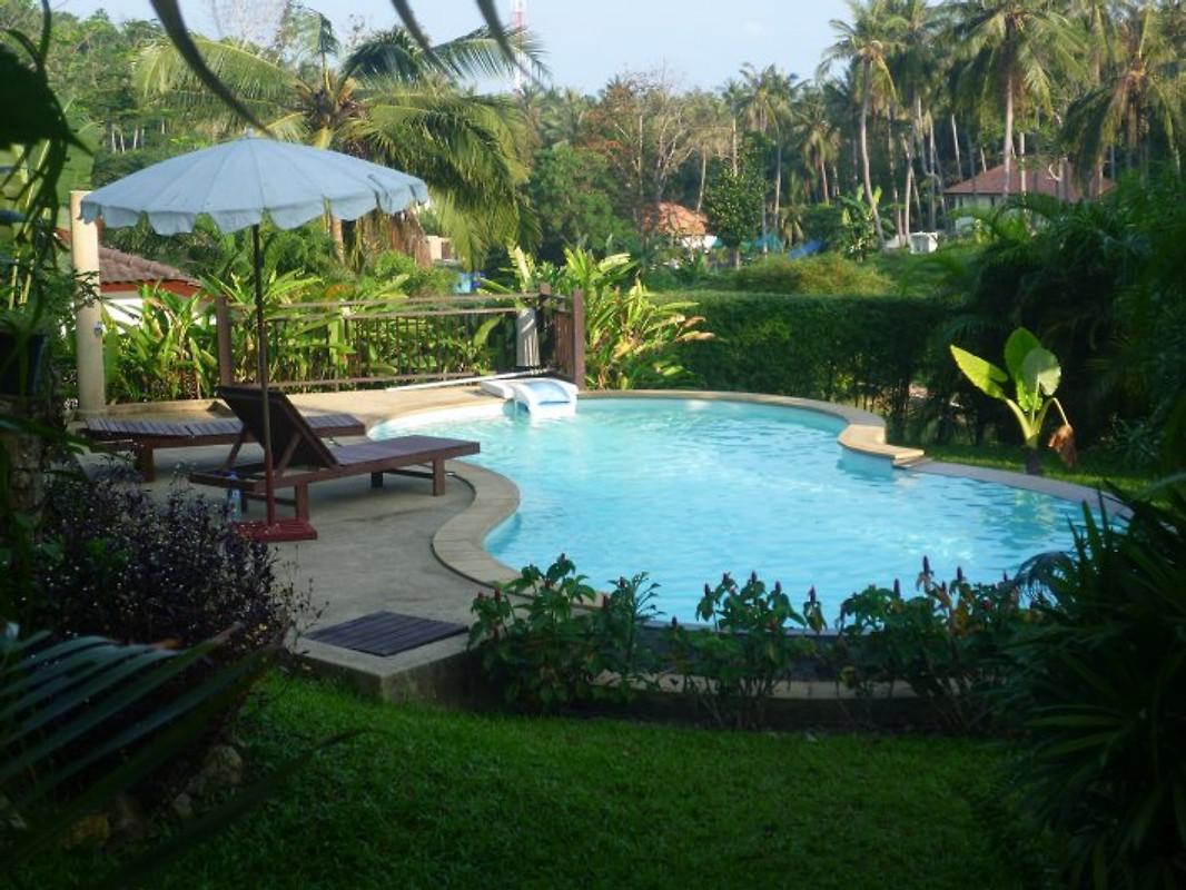 sehr beliebte villa mit pool ferienhaus in koh samui mieten. Black Bedroom Furniture Sets. Home Design Ideas