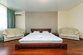 One bedroom. Luxury. 7a L.Ukrainky