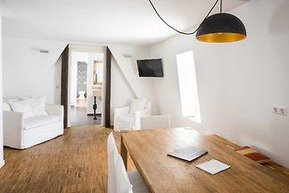 Premium Suite 105