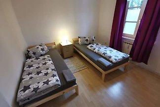 Apartment White, Wohnung