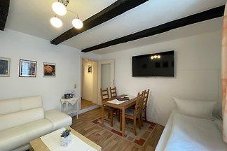 Apartment (No10)