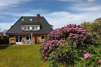 Haus Westsee mit Garten