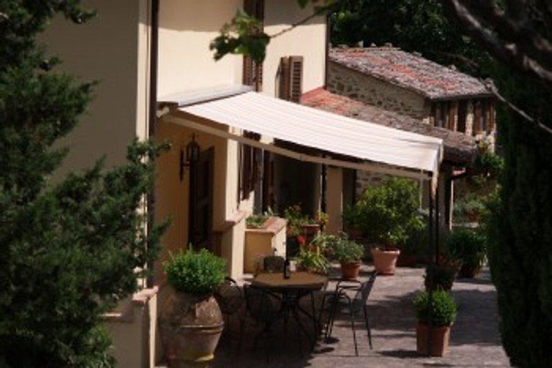 Terrasse vor Wohnung 3