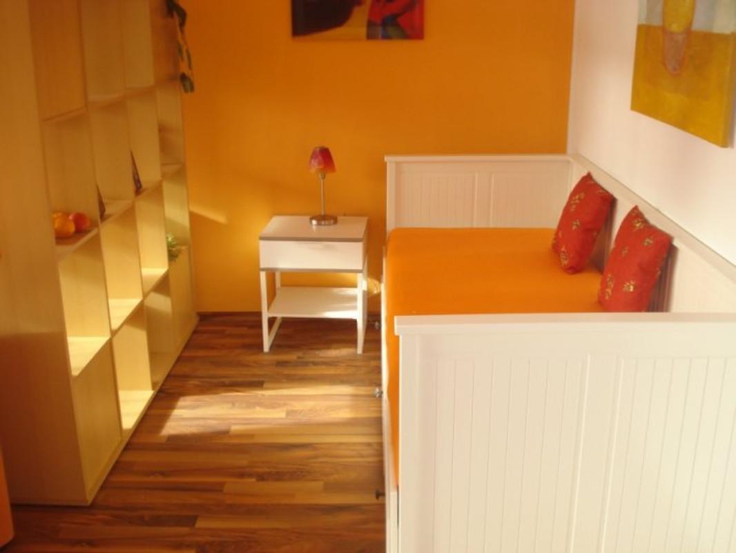 gr ne oase vi ferienwohnung in hamburg mitte mieten. Black Bedroom Furniture Sets. Home Design Ideas