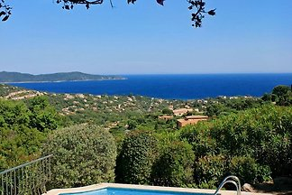 Peaceful villa with pool and unique atmosphere. Seaview