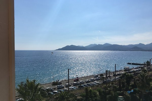 Cannes Beach Apartment in Cannes - immagine 1