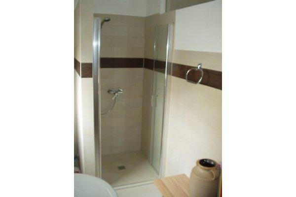 Bodengleiche Dusche.