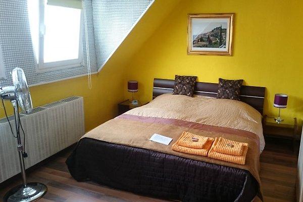 chambre heureuse  à Köln - Image 1