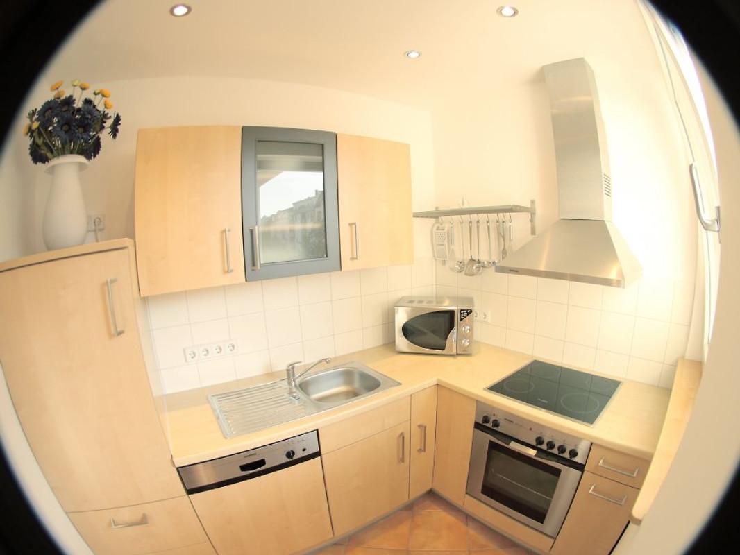 39 ambiente in berlin 39 ferienwohnung in charlottenburg mieten. Black Bedroom Furniture Sets. Home Design Ideas
