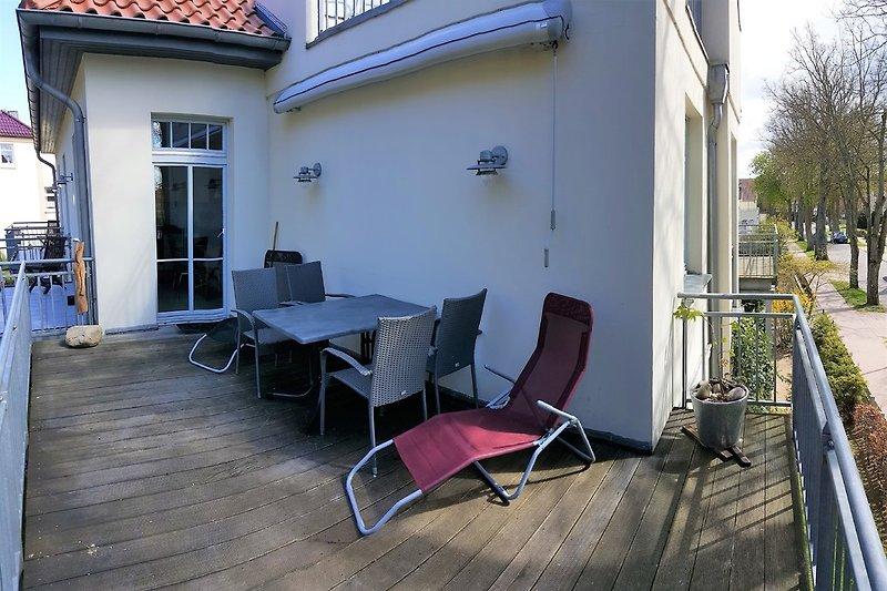 Haus am meer ferienwohnung in rerik mieten for Markise balkon mit sterne tapete die leuchtet
