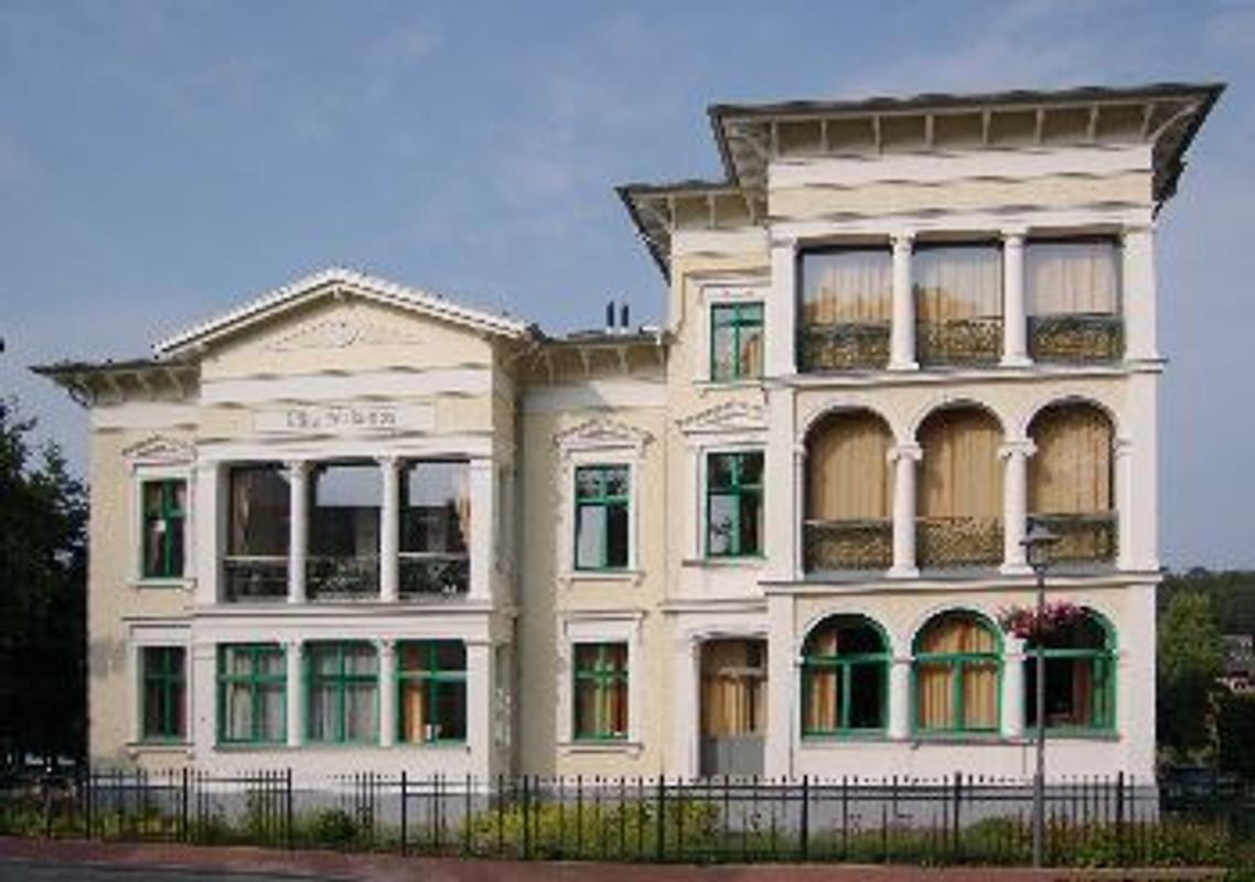villa perkunos wohnung 12 ferienwohnung in heringsdorf mieten. Black Bedroom Furniture Sets. Home Design Ideas