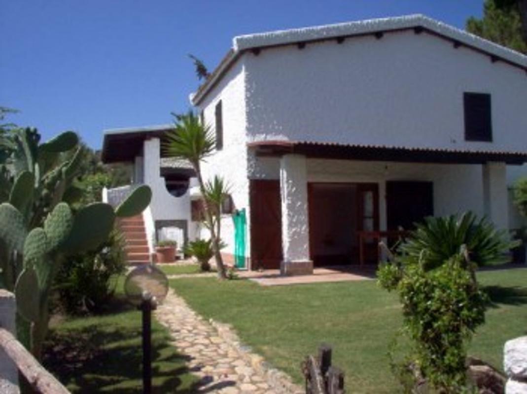 Costa rei sardinien ferienhaus in monte nai mieten for Sardinien ferienhaus mieten