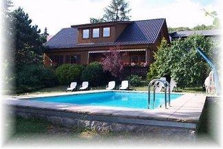 Ferienhaus mit Pool im Harz