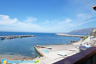 Holidays by the sea  in Sicily